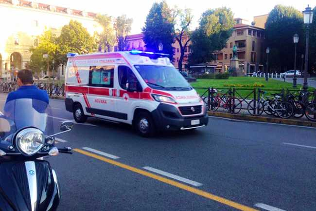 ambulanza novara