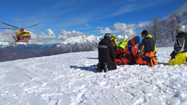 soccorso elicottero neve